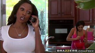 Brazzers – Mommy Got Boobs – Diamond Jackson and Bill Bailey – To Prank A Skank